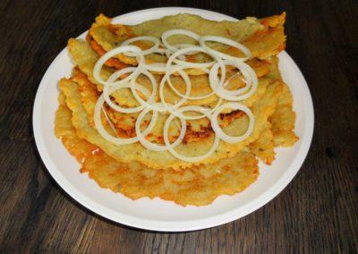 """Naľešniky (zemiakové placky) / """"Naľešníky"""" (placki ziemniaczane)"""