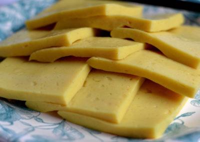 Domáci žltý syr / Domowy żółty ser